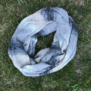 Infinity Sweater Scarf NWOT